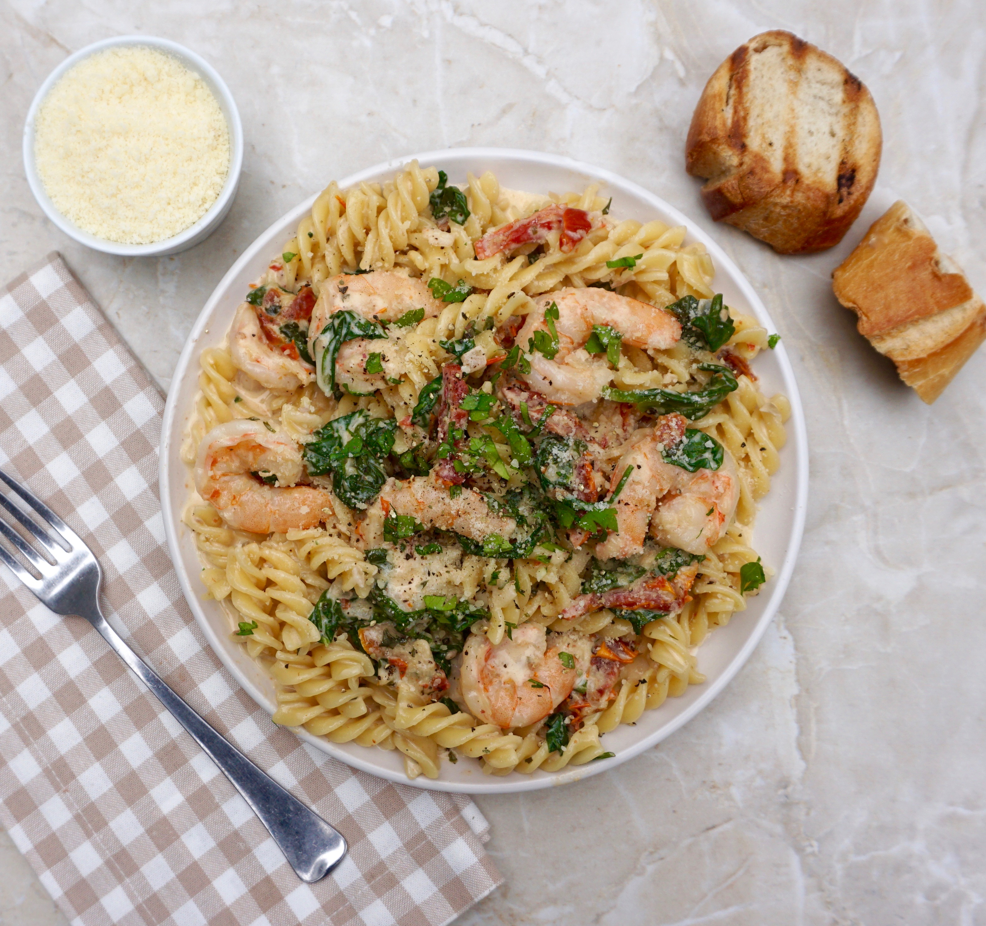 Creamy Shrimp Sauce With Wine, Sun Dried Tomatoes And