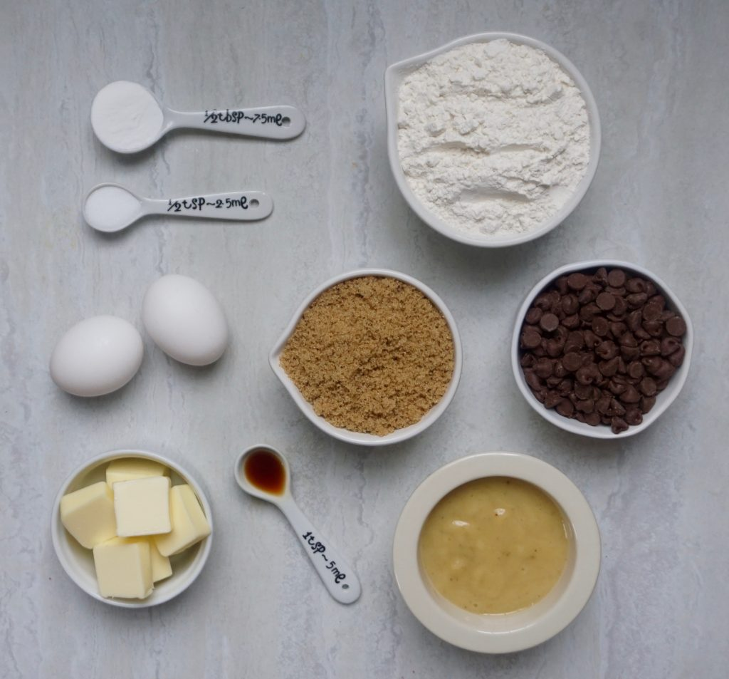 Banana Chocolate Chip Cake Ingredients