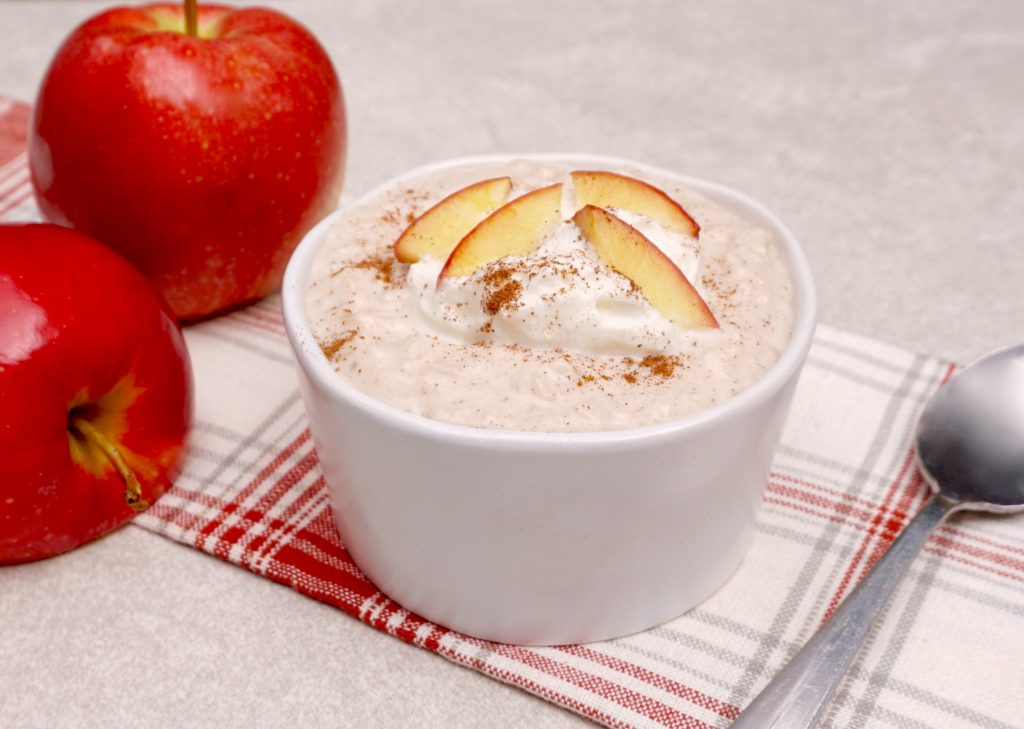 Slow Cooker Apple Cinnamon Rice Pudding